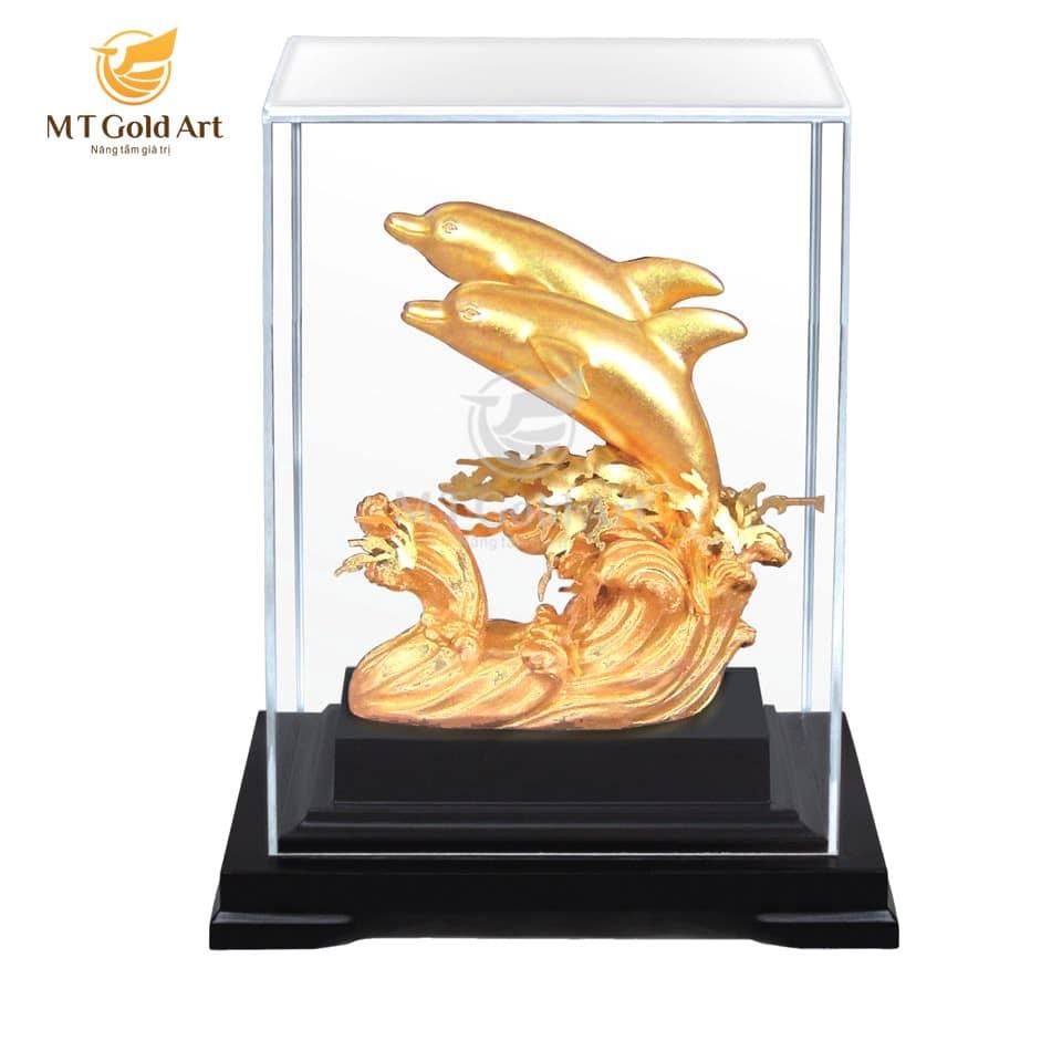 Tượng đôi cá heo dát vàng 24k