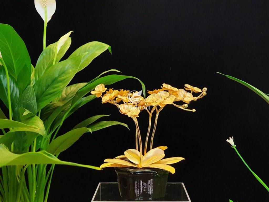 Chậu hoa hướng dương dát vàng 24k